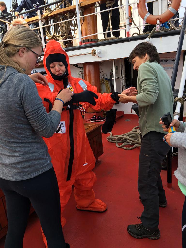 a volunteer got into a survival suit